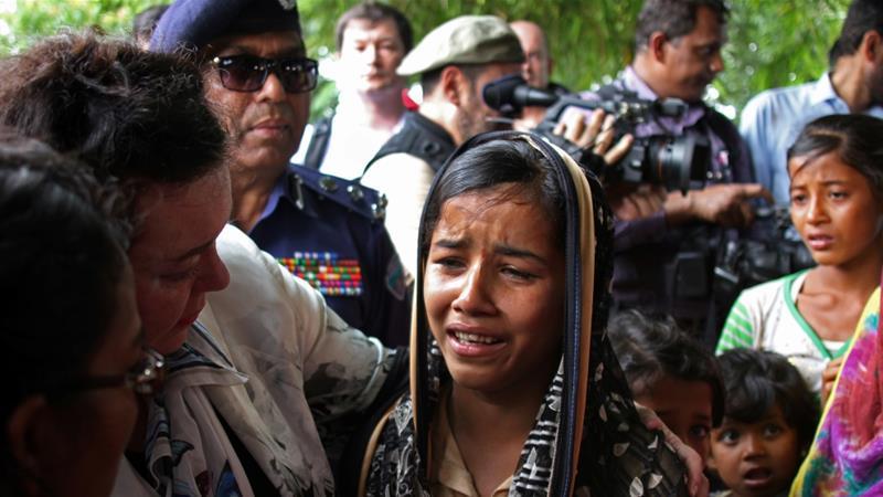 British-United-Nations-Ambassador-Karen-Pierce-consoles-a-twelve-year-old-Rohingya-refugee