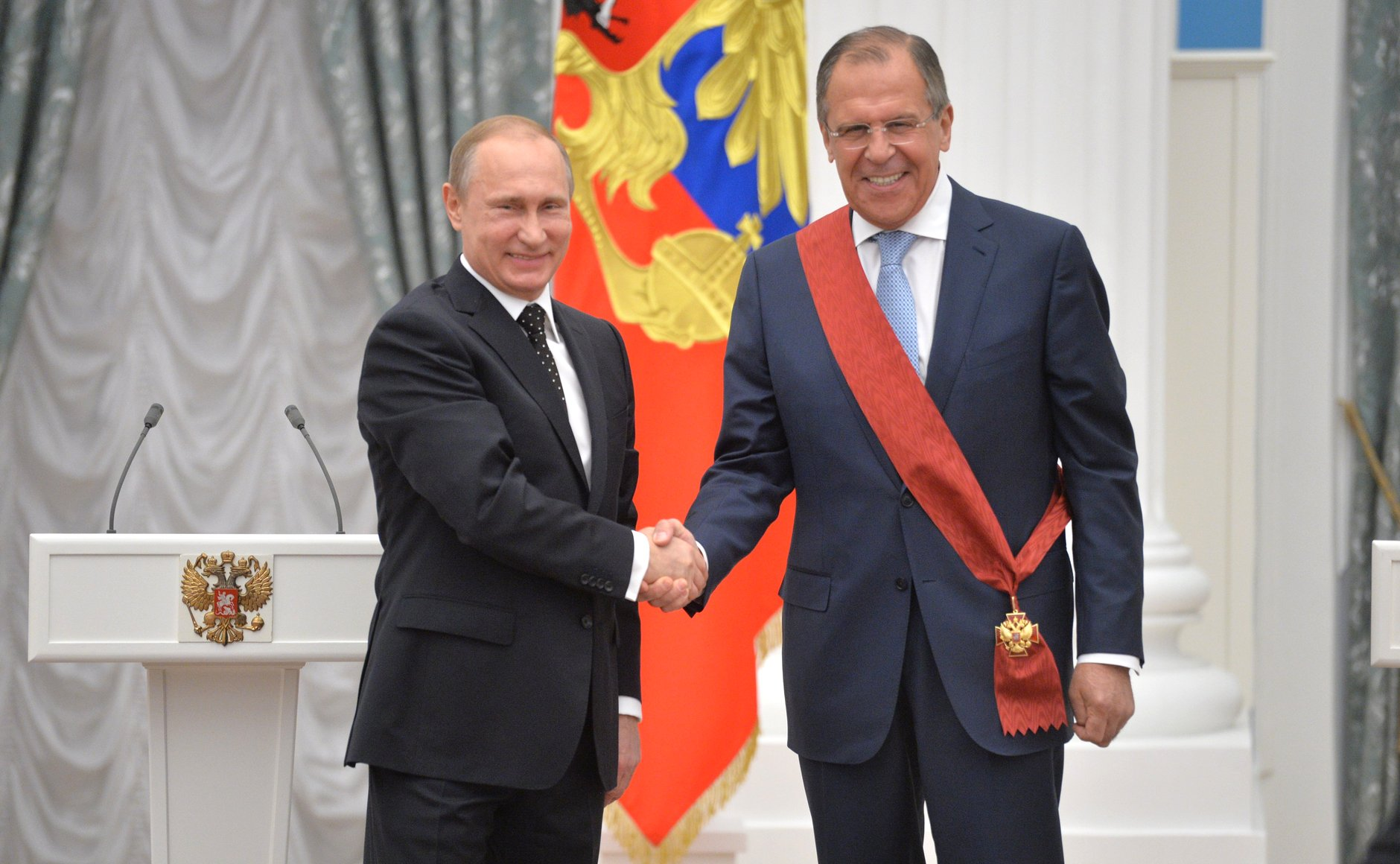 Vladimir Putin and Sergey Lavrov at award ceremony. Moscow, Kremlin. 21 May 2015.