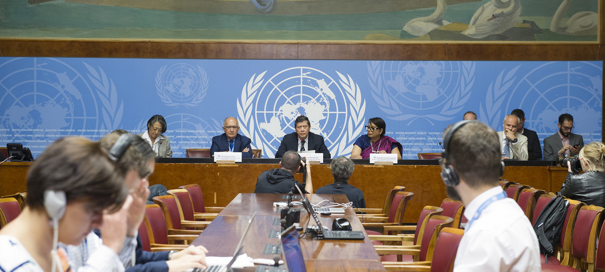 UN Photo/Violaine Martin Marzuki Darusman, Chair of the Independent International Fact-finding Mission on Myanmar (centre), flanked by Mission members Christopher Sidoti (l) and Radhika Coomaraswamy (r), briefs the press on their report, UN Office at Geneva, 27 August 2018.